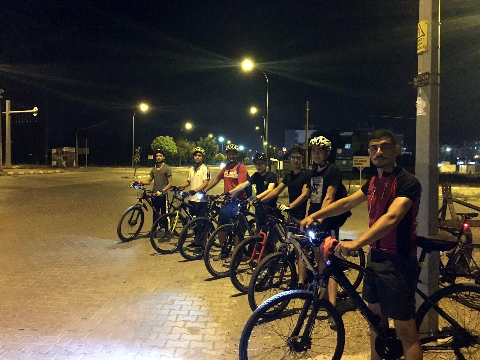 Osmaniye Öğretmen ve Öğrencilerinden Bisiklet turu etkinliği